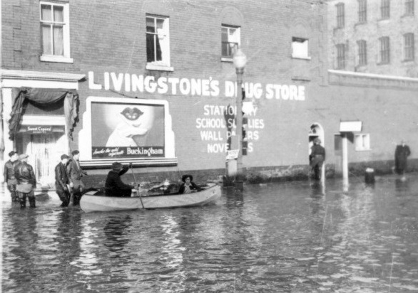 Flooded streets in 1948